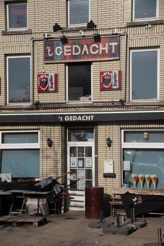 Café 't Gedacht op de Markt van Wetteren.