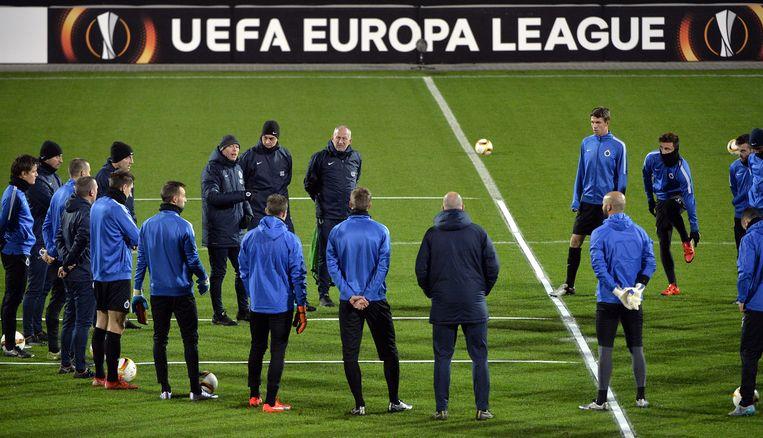 De spelers en staff van Club Brugge tijdens een training in Denemarken. Beeld BELGA