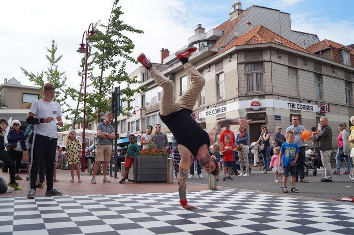 Breakdancers en straattheateracts zullen er dit jaar niet bij zijn.