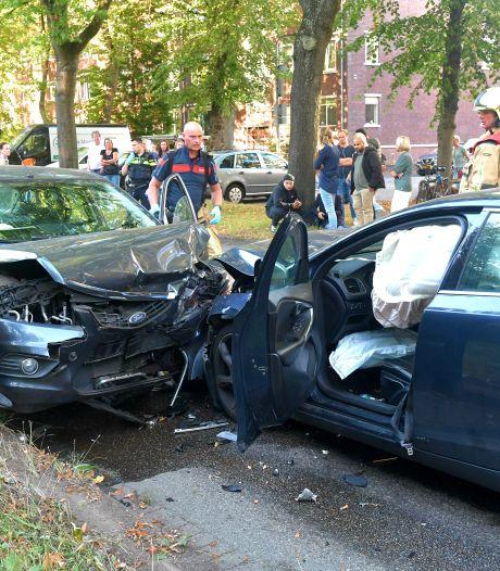 Twee gewonden bij botsing in Rijswijk
