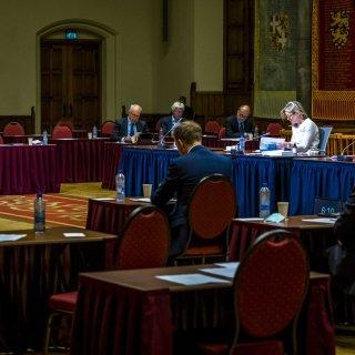 Gekozen burgemeester, bindend referendum: Kamer buigt zich over bestuurlijke vernieuwing