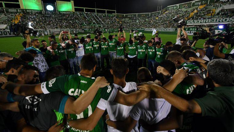 Herdenking in het stadion van Chapecoense Beeld anp