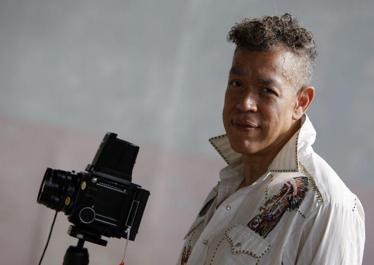 Fotograaf Andres Serrano. De Robertis klaagt aan dat het KMSK met zijn Uncensored Photographs uitpakt, om dan haar gewaagde performance te censureren. Beeld EPA