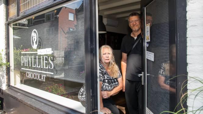 Phyllis (64) moet chocolaterie in Nunspeet opnieuw beginnen door brand bij buren: 'Ik kan er niet tegen'