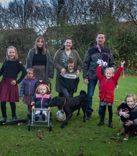 Dit gezin uit Tollebeek met 8 (!) kinderen doet opnieuw mee aan Een Huis Vol