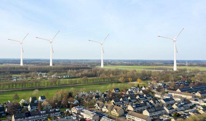 Vier windmolens zijn in een foto geshopt bij de Veenendaals wijk West.