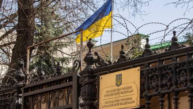 Spanningen tussen Rusland en Oekraïne: Rusland stuurt 15 oorlogsschepen naar Zwarte Zee, diplomaten worden uitgewezen