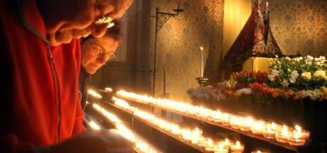Lya de Haas verslaat Danny Vera in crematorium Uden
