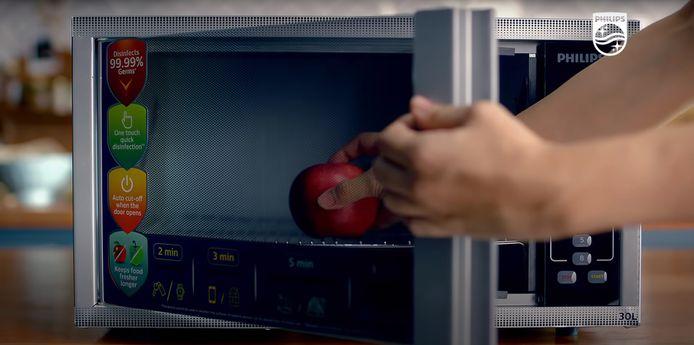 Een beeld uit de Signify-reclame voor de Philips desinfectie apparaten.