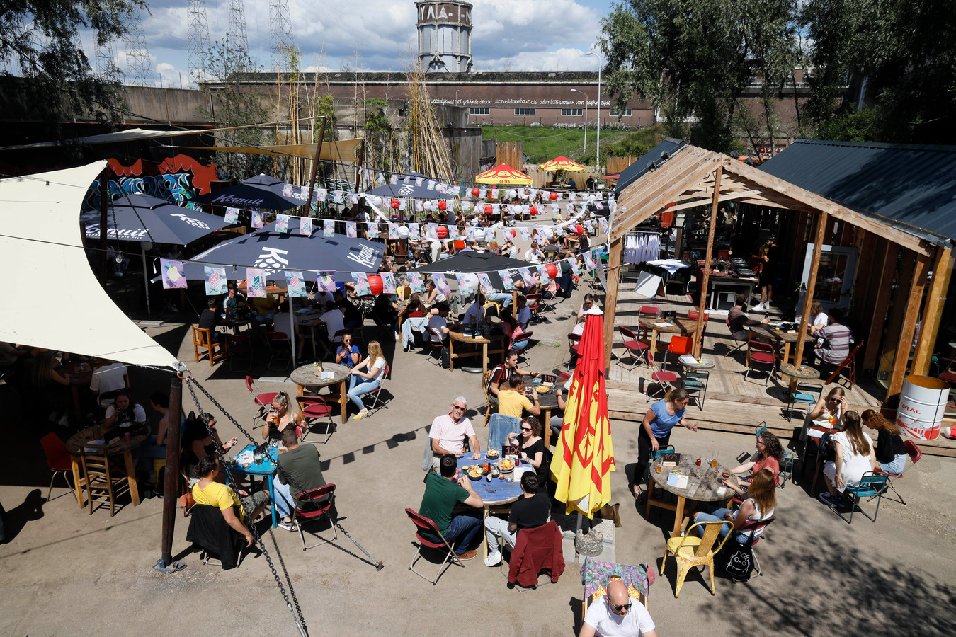 De Achtertuin, cafe achter de Vasim tijdens 4d tijdens Corona... Nijmegen, 21-7-2020 .