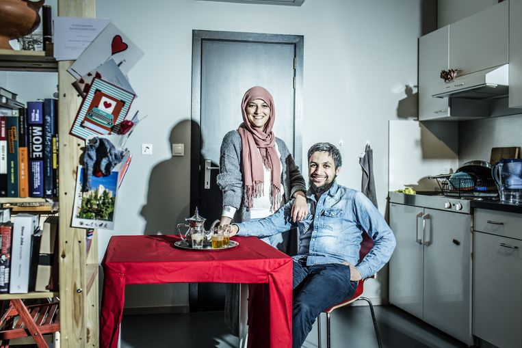 Mohamed Ouaamari is blogger en freelance-grafisch designer Beeld © FRANKY VERDICKT