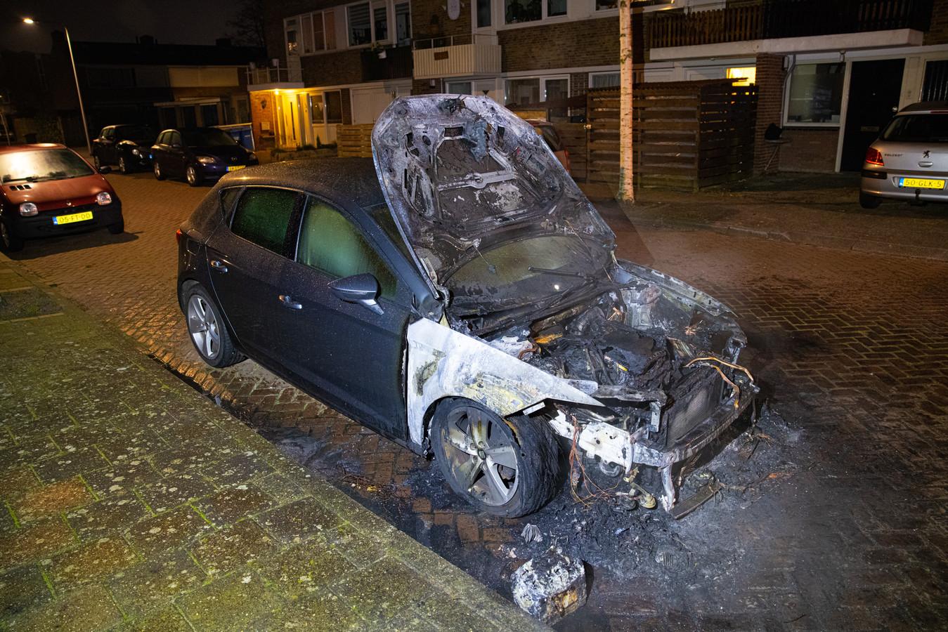 Weer een autobrand in Zwolle.