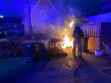 En alwéér moet de brandweer naar dezelfde woonbuurt en dezelfde schutting in Deventer