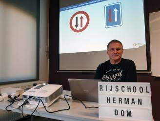 """Ex-schepen Herman Dom (GBL) verlaat Herenthoutse politiek: """"Combinatie leerkracht, eigen autorijschool én politiek werd onhoudbaar"""""""