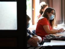 Les écoles secondaires communales et provinciales ne supprimeront pas les examens