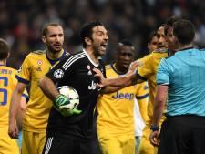 Buffon heeft geen spijt: 'Scheidsrechter was te jong voor dit duel'