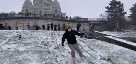 La Butte Montmartre se transforme en piste de ski