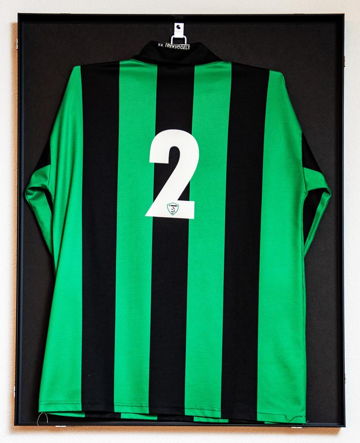 Het shirt met nr. 2 van Pieter Huijbers, NMH-17 slachtoffer.