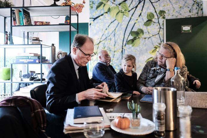 Arie Molendijk tijdens een taxatiedag elders in het land.
