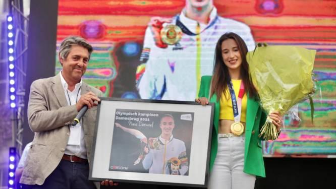 """'Golden girl' Nina Derwael feestelijk gehuldigd door thuisstad Sint-Truiden: """"Als klein meisje nooit durven dromen"""""""