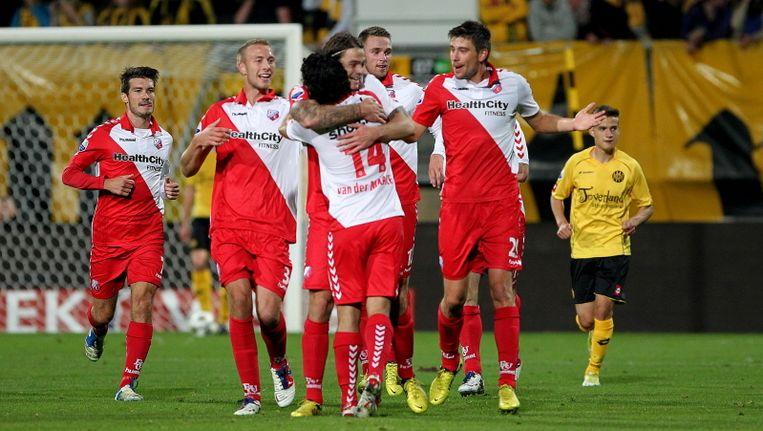 FC Utrecht viert de winnende treffer van verdediger Dave Bulthuis. Beeld PROSHOTS