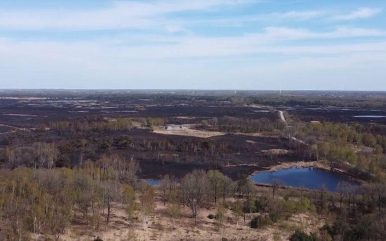 De verwoesting na de brand vanuit de lucht gezien. Beeld RV