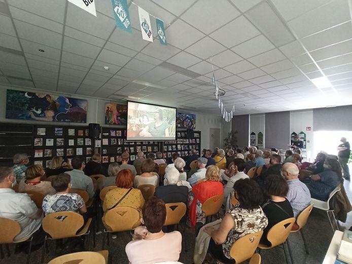 De film 'Getuigenissen over de bibliotheek van Evergem' lokte heel wat bezoekers.