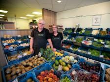 Na 32 jaar tussen groente en fruit is het welletjes voor Frans en Annie Nouwens