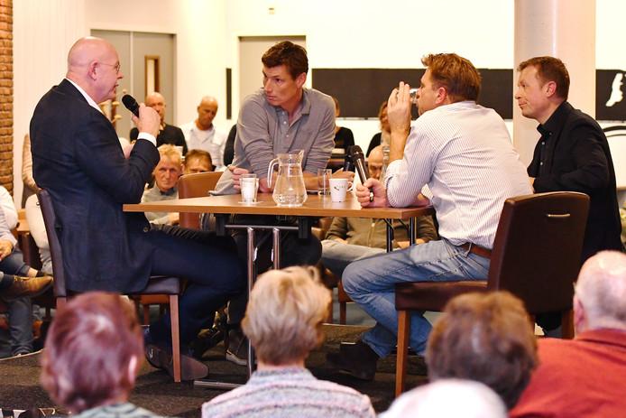 Toon Gerbrands, Bas van de Goor,  Toon Gerbrands,Jeroen Bijl en presentator Maarten Tip.