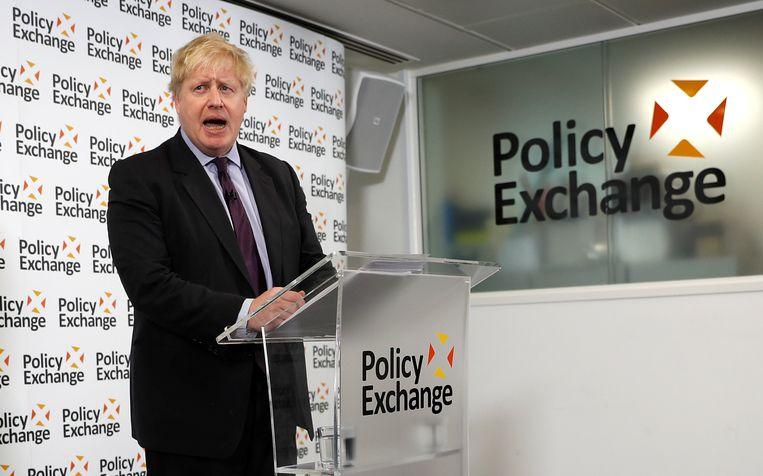Brits minister van Buitenlandse Zaken Boris Johnson tijdens zijn speech. Beeld REUTERS