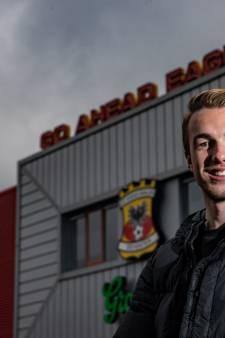 Derde topper op rij voor GA Eagles, Bakker aan aftrap tegen Almere City: 'Ook borst vooruit als resultaten even wat minder zijn'