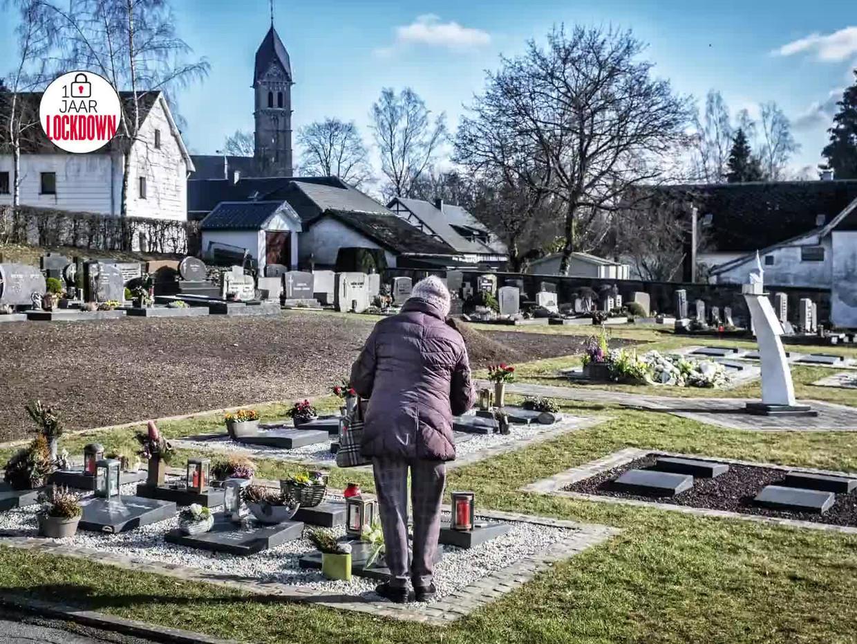 Het kerkhof van Bütgenbach. Beeld DM