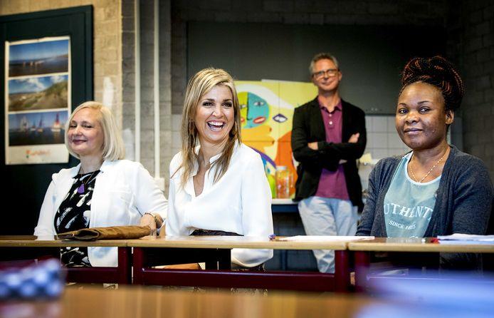 Koningin Máxima vertelt hoe ze al die Nederlandse zinnen voor zichzelf, als een soort spelletje, bijhield