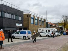 Hoe een kippenvaccinfabriek met groeistuipen doordendert en een Biltse woonwijk machteloos toekijkt
