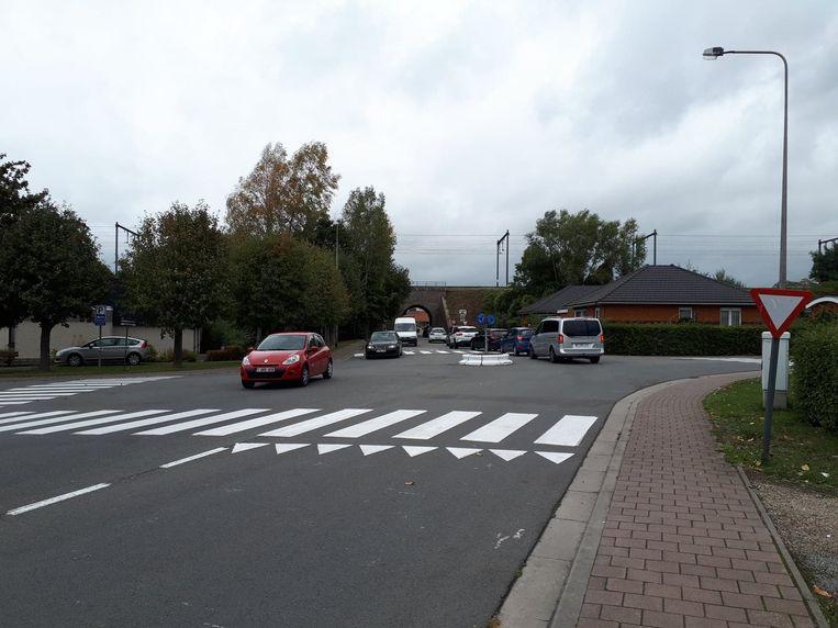 Er wordt gewerkt aan een oplossing voor de kleinste rotonde van Zottegem.