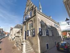 Oud stadhuis in Haastrecht te koop onder voorwaarden