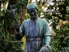 Roep om standbeeld Peerke Donders weg te halen zwelt aan