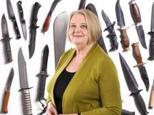 Met je machete op het schoolplein: Lia vindt dat elk 'patsertje' met mes hard aangepakt moet worden