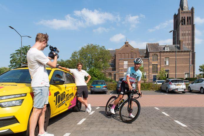 Tour de Tietema. Vlnr: cameraman Devin van der Wiel, Bas Tietema en Josse Wester.