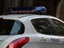 Une voiture finit sur le toit après une course-poursuite avec la police à Forest
