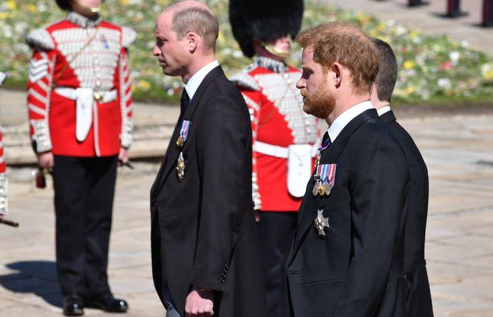 Le prince Harry et le prince William lors des funérailles.