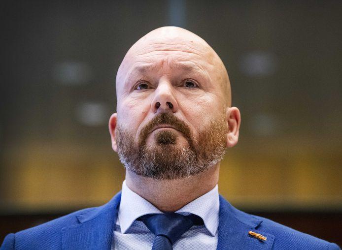 Marco Kroon heeft een zogeheten negatief ambtsbericht gekregen van zijn werkgever.