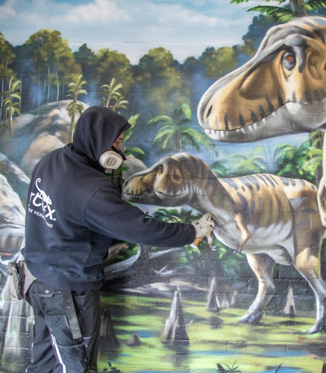 Dino's komen weer  tot leven in Zwolle