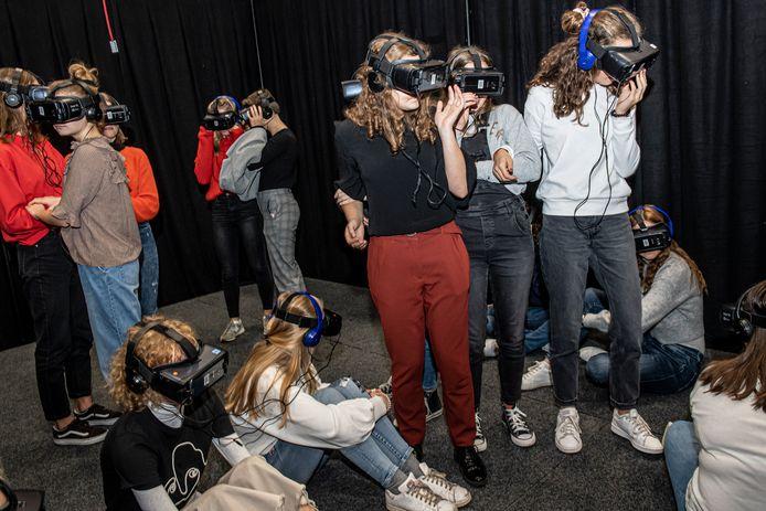 De leerlingen van de VMS werden ondergedompeld in de virtuele wereld van het spoorlopen.