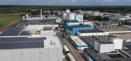 Nertsenvoederfabrikant in Putten maakt na verplichte sluiting nertsensector nu grondstoffen honden- en kattenvoer