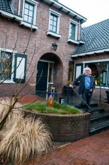 Jean Baptiste heeft een unieke woning met een tuin van 4500 m2: 'We wonen pal naast het centrum'