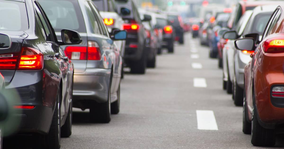Flinke vertraging op A59 richting Den Bosch door ongeluk met meerdere autos.