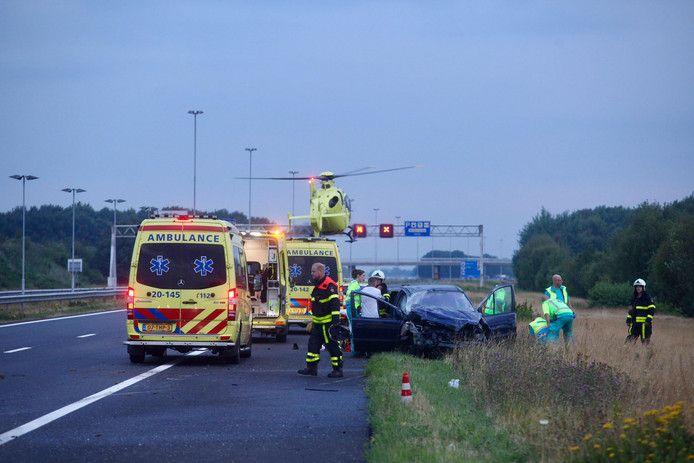 Bij het zware ongeluk op de A58 bij Gilze viel een dode en raakten drie personen gewond.