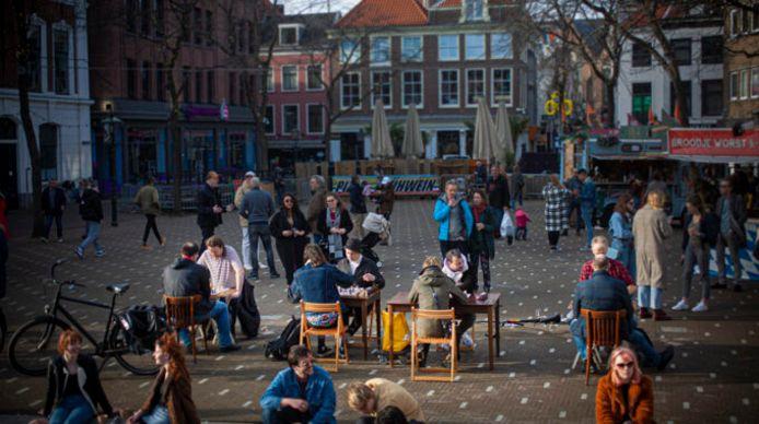 Schaken op de Grote Markt in Den Haag