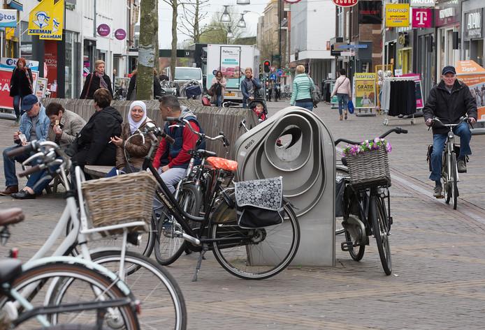 Fietsen in de binnenstad voor het middaguur mag definitief in Doetinchem.